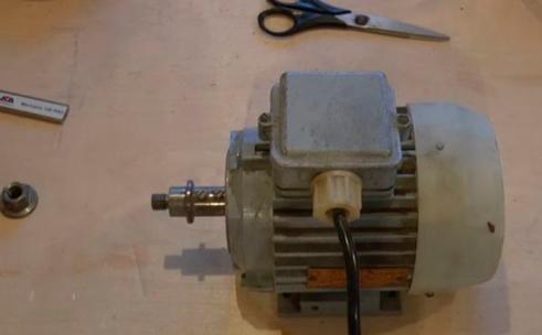трехфазный-электродвигатель