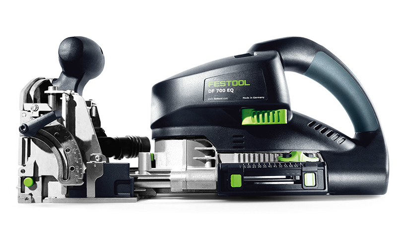 Festool-DOMINO-XL-DF-700-EQ-Plus-dlia-ochen-glybokoi-frezerovki